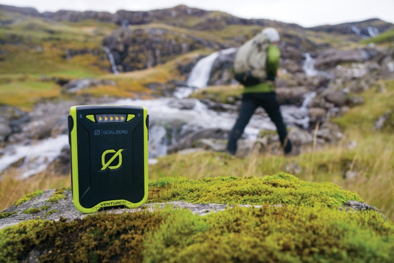 Turistické vybavení - Goal Zero Venture 30 Solar Recharging